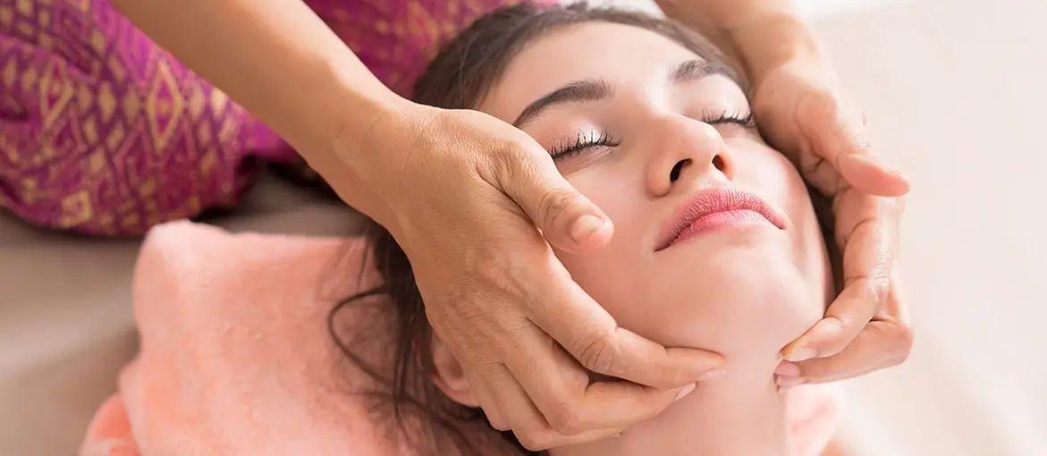 Thai Massage Gesichtsmassage